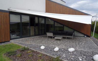 Żagiel tarasowy SOLIDAY C – idealna kompozycja z architekturą