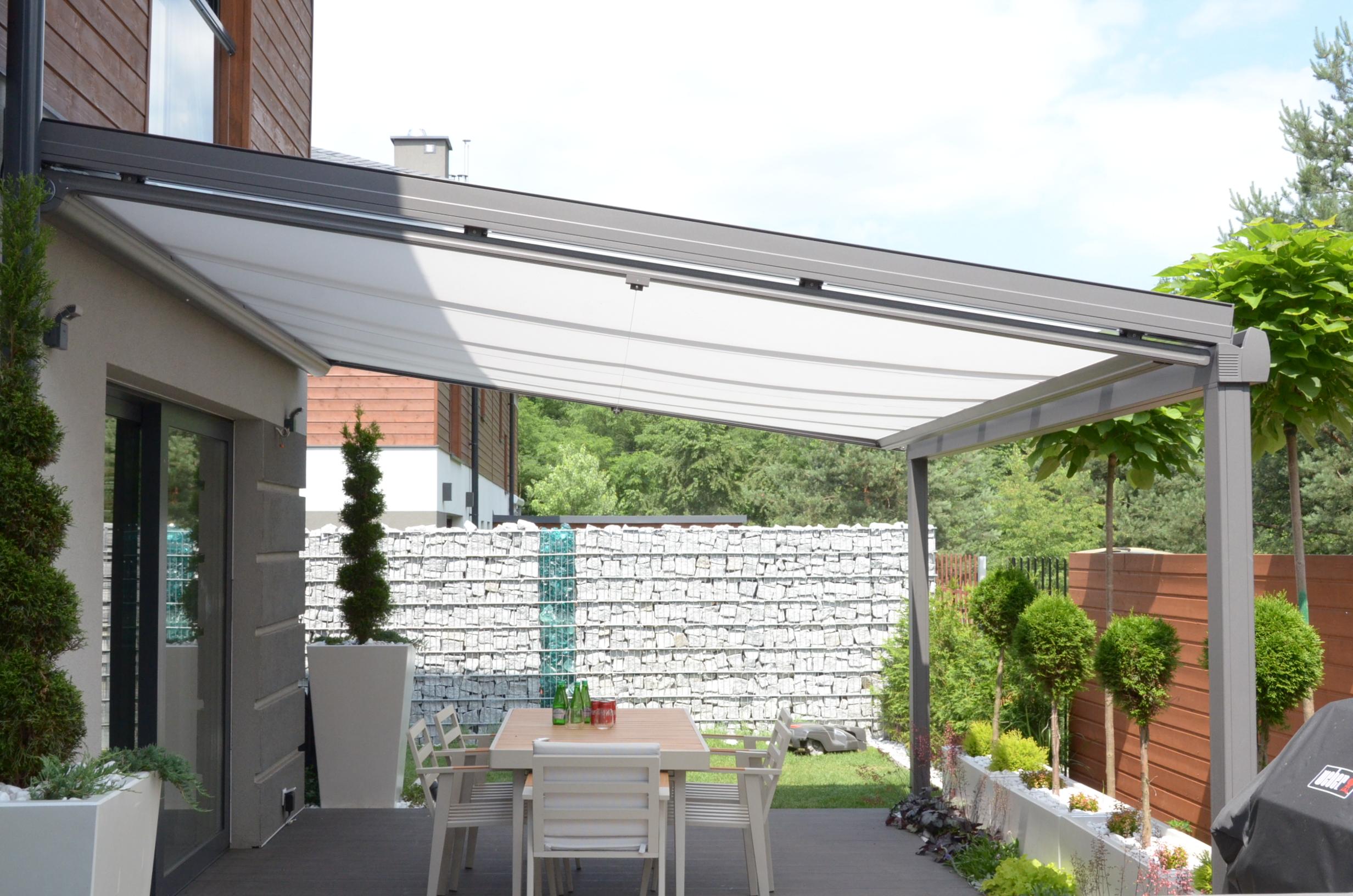 dach szklany z markizą